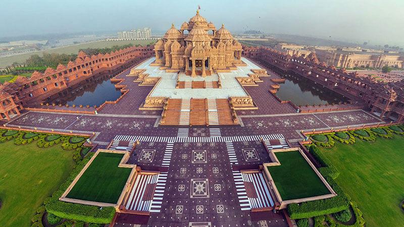 दुनिया का सबसे बड़ा मंदिर | Top 10 Largest Hindu Temples In The World | Images – 2020
